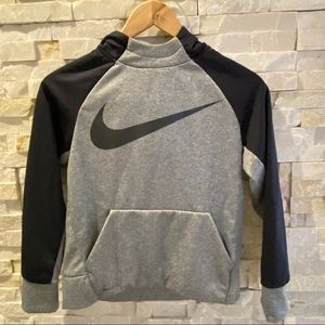 Nike Therma Hoodie with Dri-Fit Technology - New